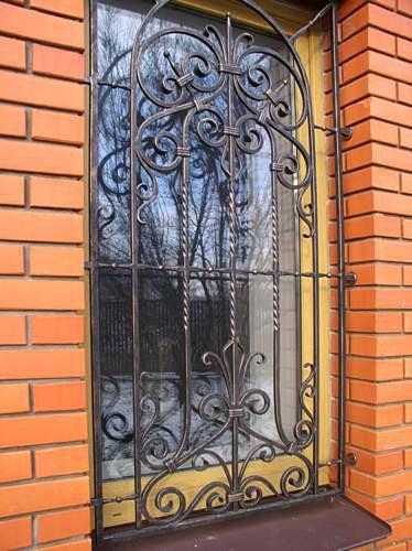 Ковка, решётка на окне