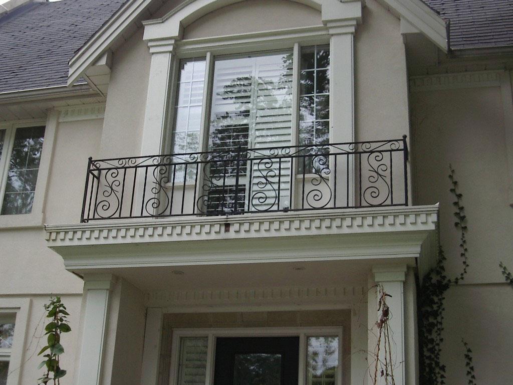 Ограждение для балкона красивое
