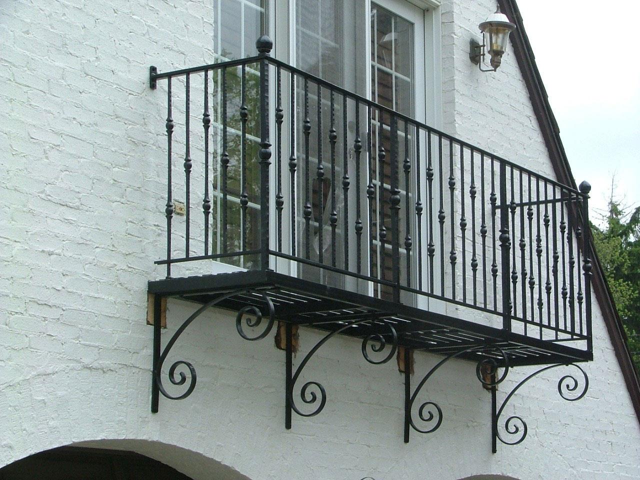 Ограждение для балкона кованное